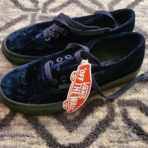 VANS Authentic Velvet Navy/Black Sneakers NWT
